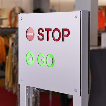 "Ssitem control acces  ""Counter"" cu semafor"