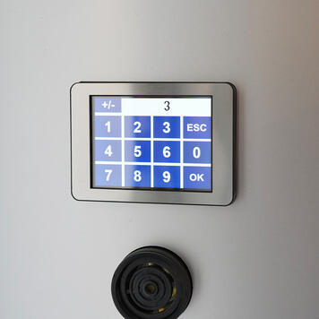"Sistem control acces  ""Counter"" cu semafor"
