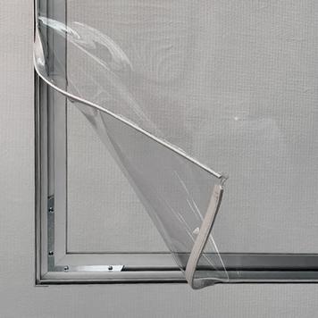 Perete despartitor transparent cu rame de aluminiu